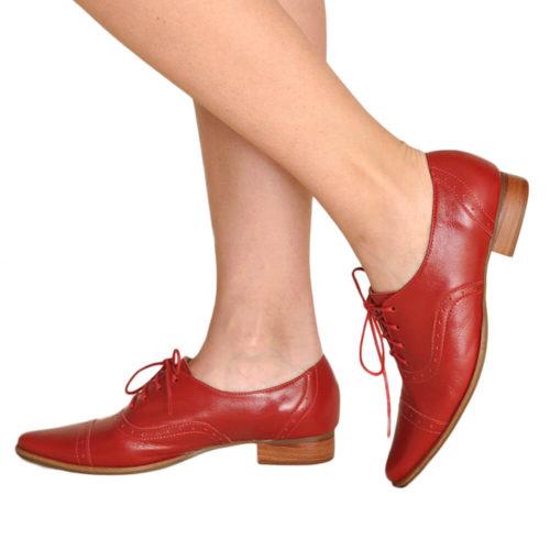 Sapato Oxford Vermelho Bico Fino
